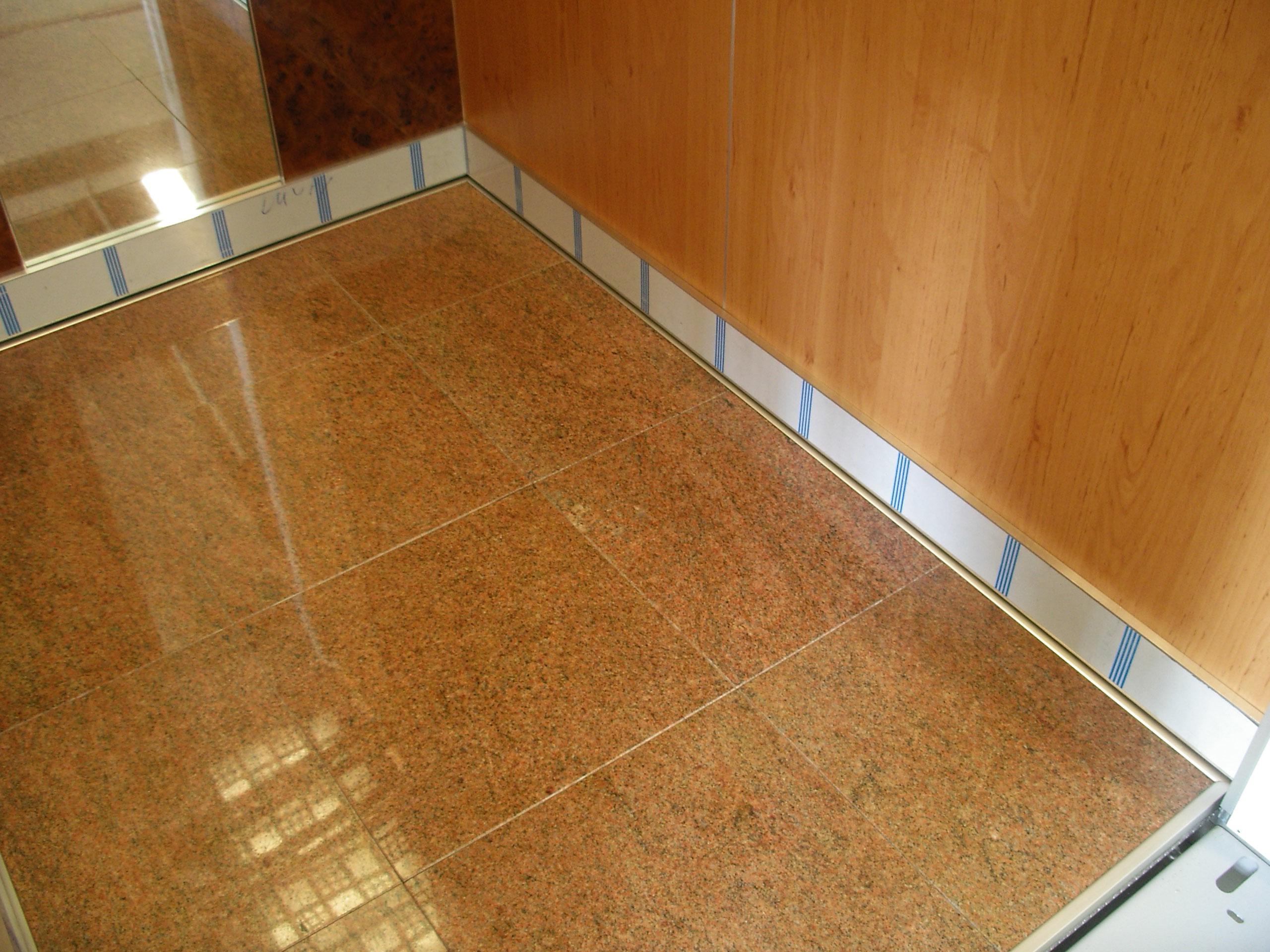 podlaha dlažba
